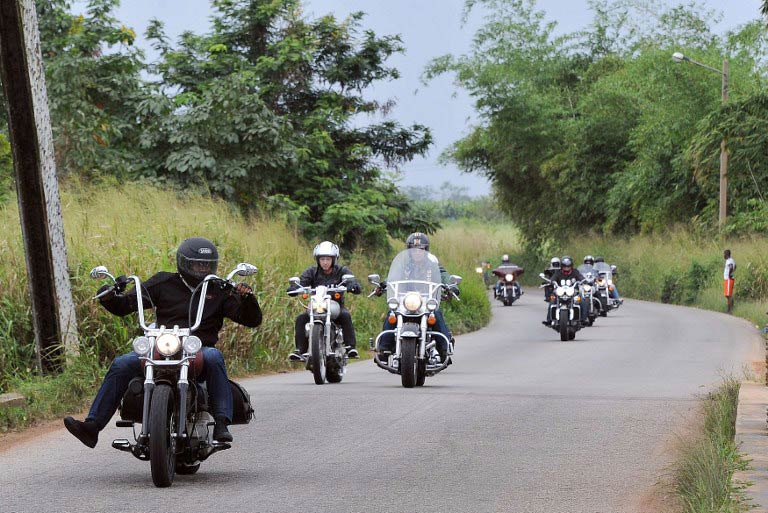 Members of the Elephant's Bikers club ride near San-Pedro. (Pic: AFP)